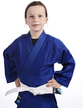 Karategi niña Ipoon 1